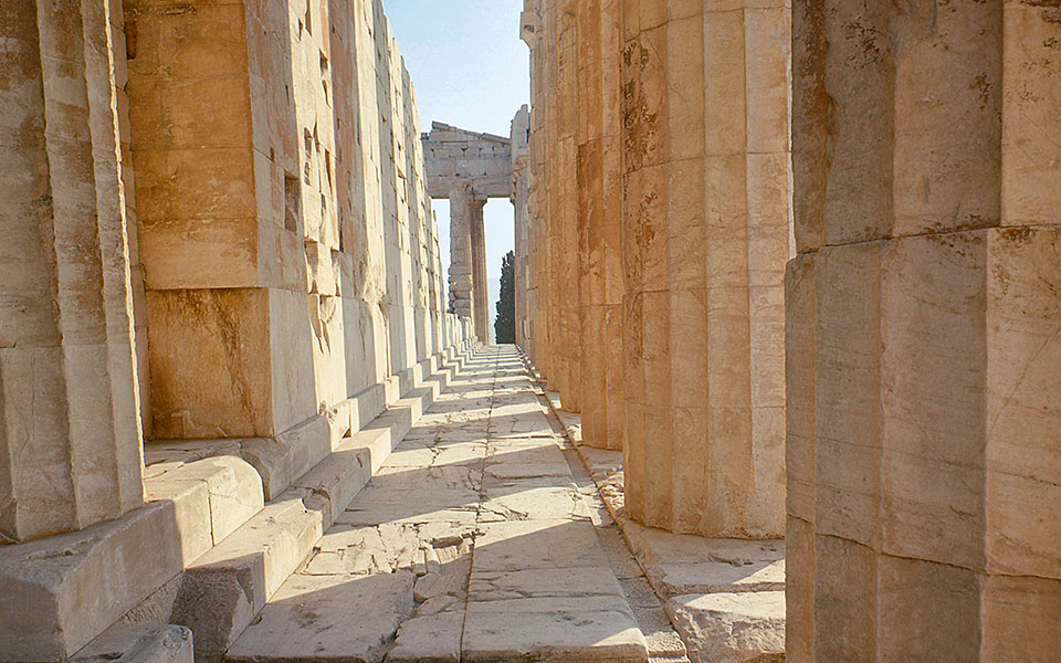 The Parthenon's southern walkway (pteron)