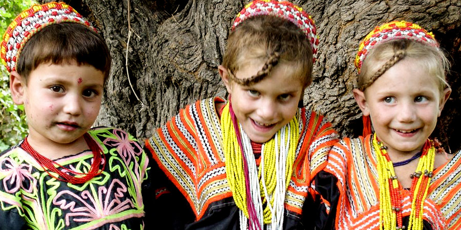Kalash young girls